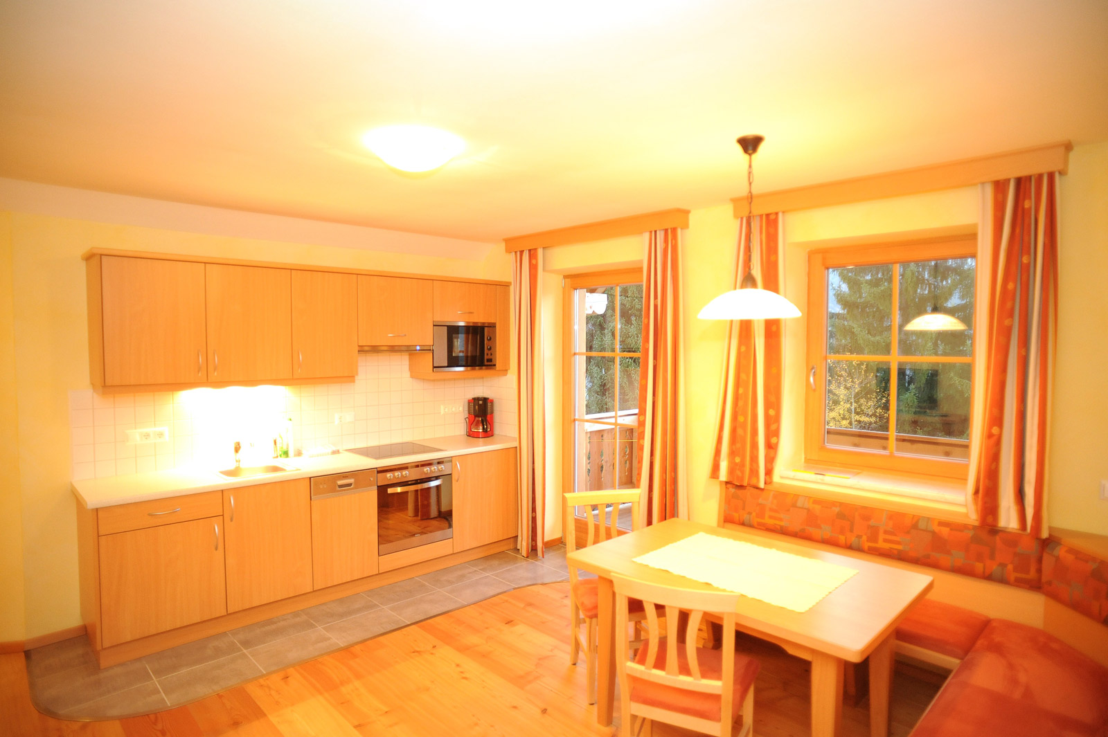 ferienwohnung f r 5 personen. Black Bedroom Furniture Sets. Home Design Ideas